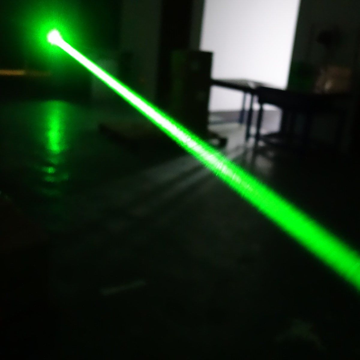Luciana 200mw 532nm Green Burning Laser Pointer Interchangeable Lens Circuit Details
